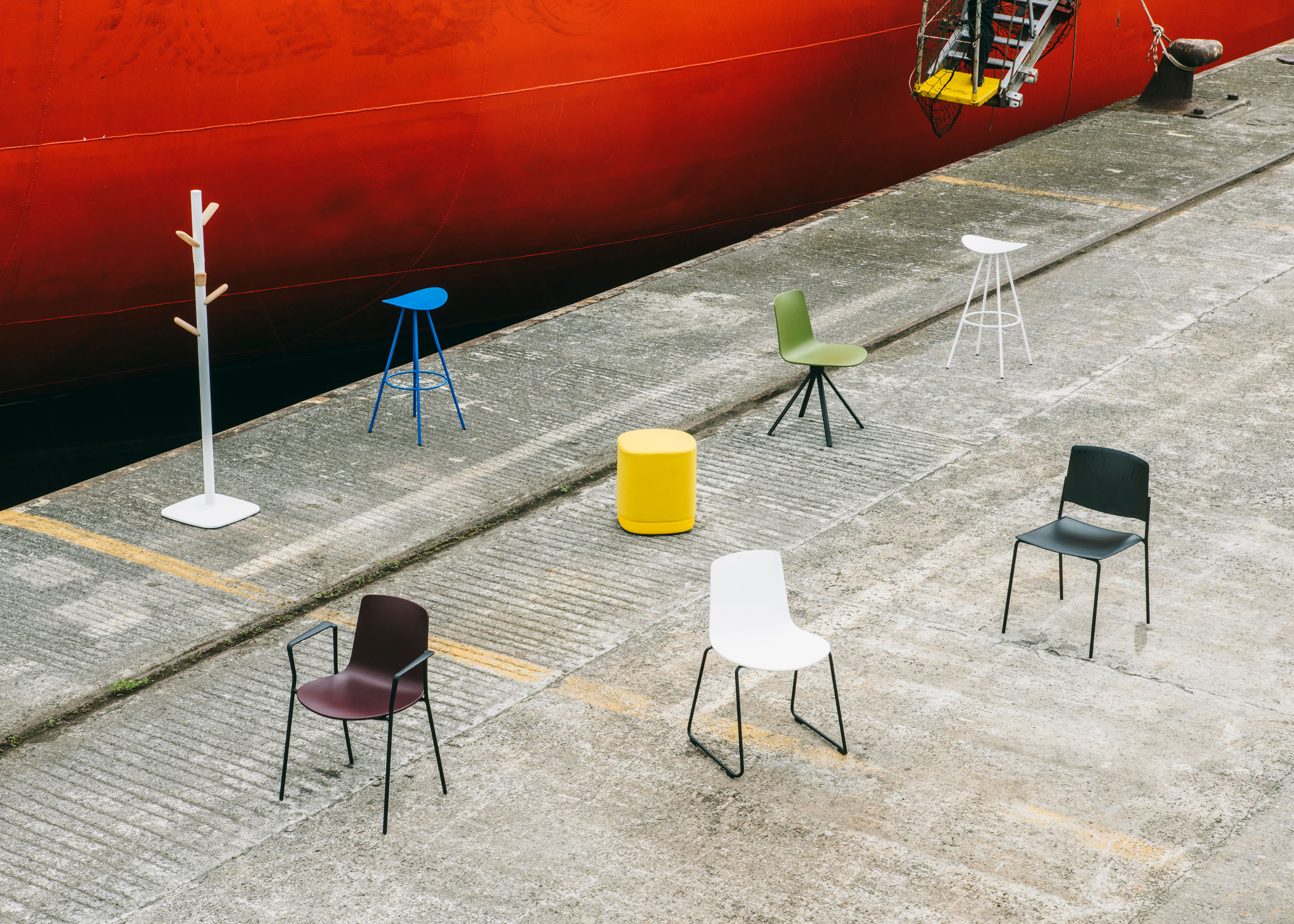 #furniture #enea #design #clase #chairs #basque #industry #red