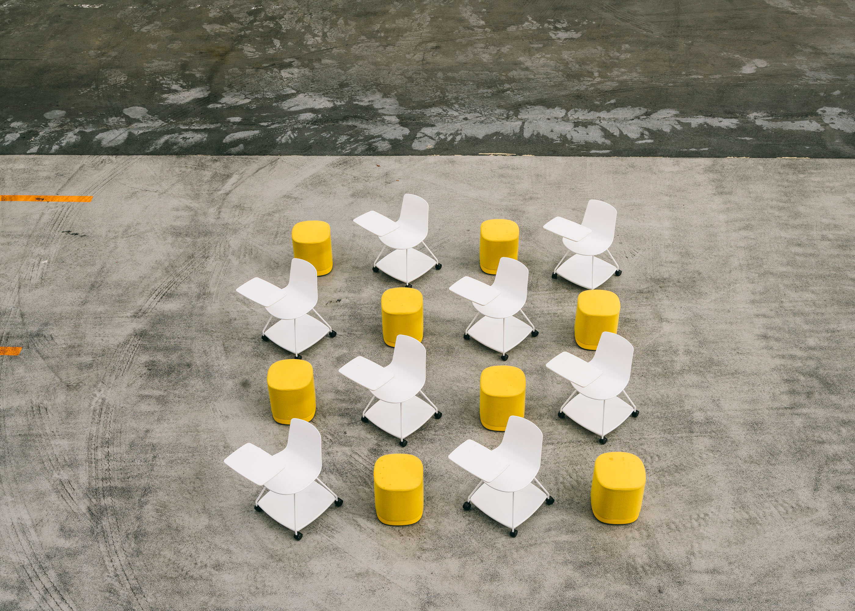 #furniture #enea #design #clase #basque #chairs #stilllife