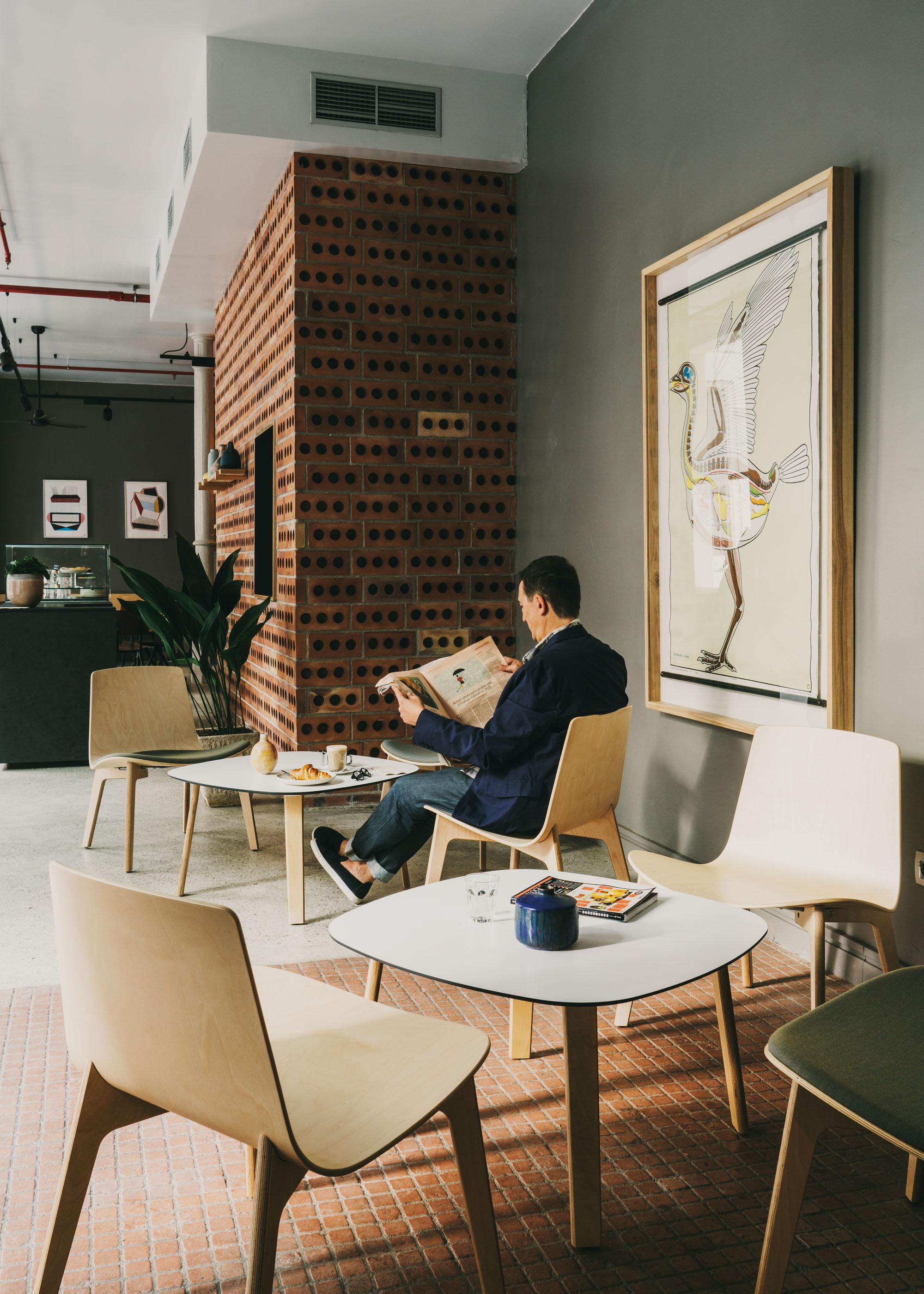 #furniture #enea #design #clase #chairs #barcelona #interiors #federal #cafe