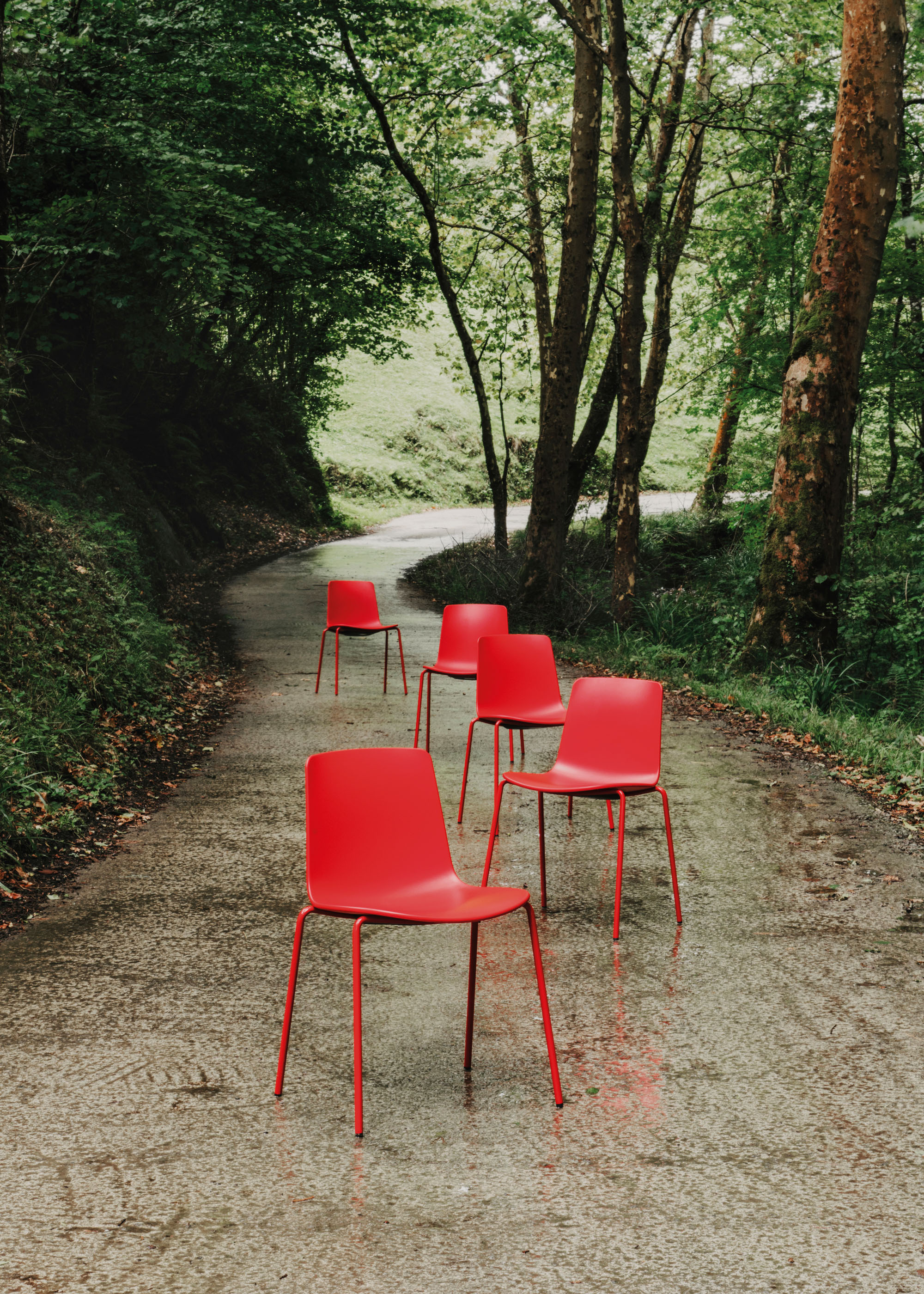 #furniture #enea #design #clase #chairs #basque #red