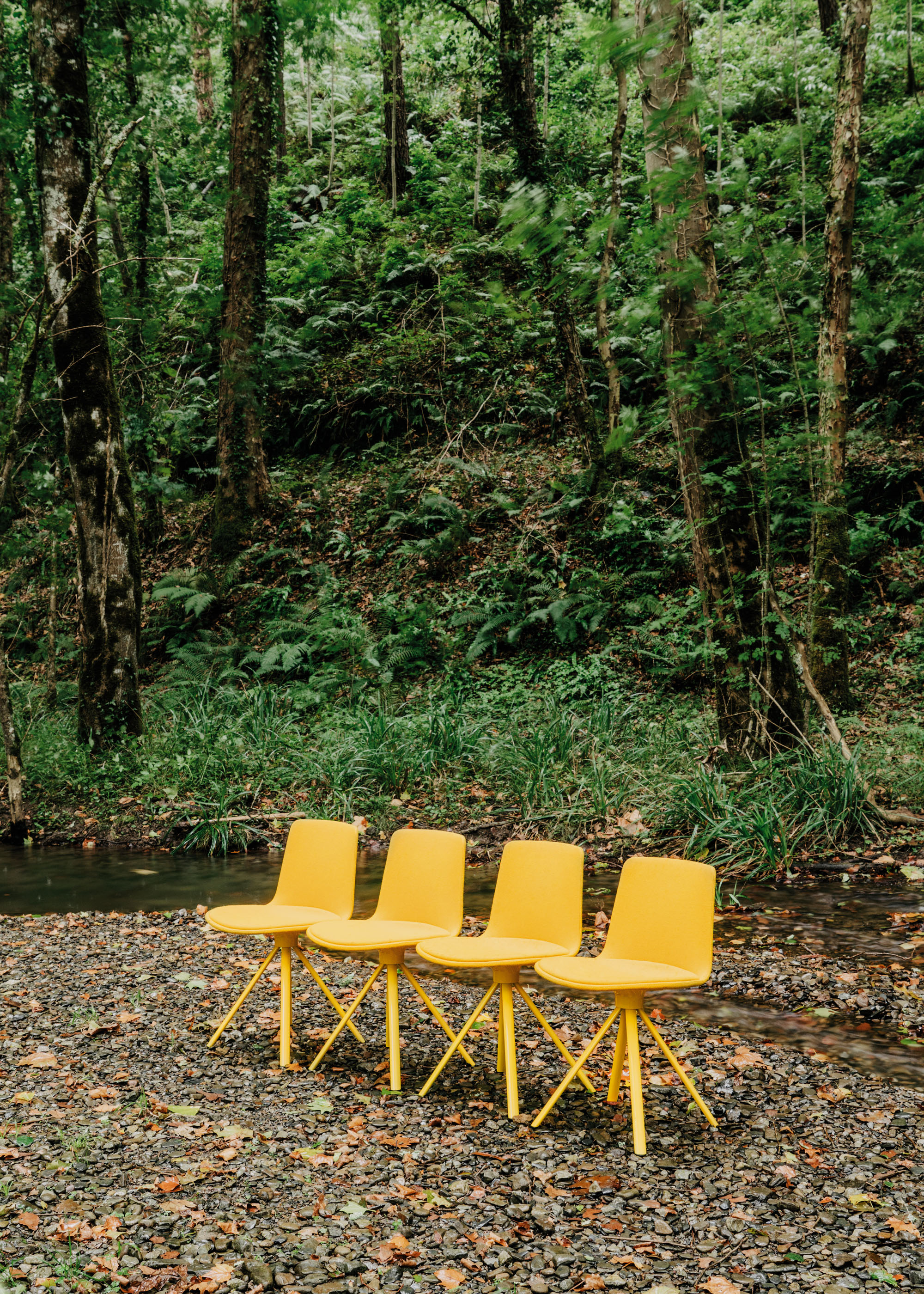 #furniture #enea #design #clase #chairs #basque #yellow