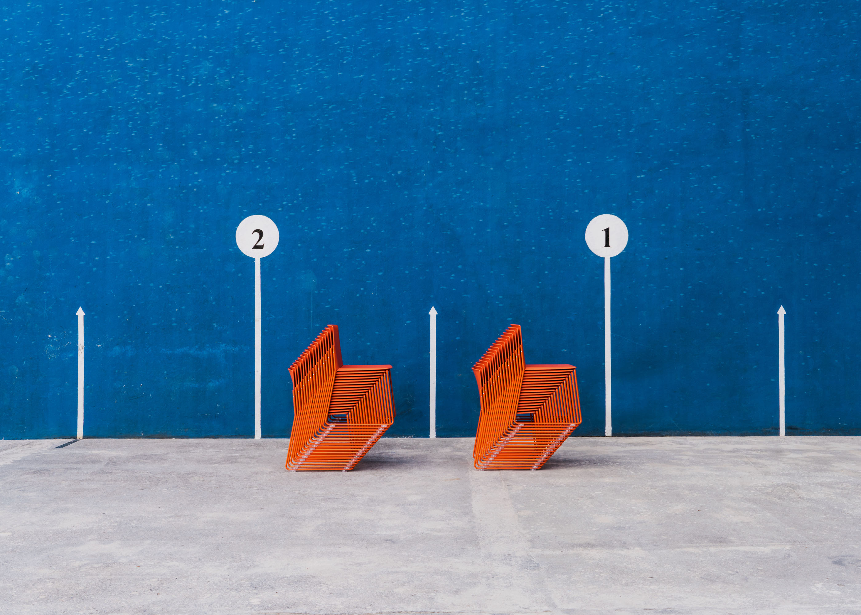 #furniture #enea #design #clase #basque #chairs #stilllife #fronton #blue #orange
