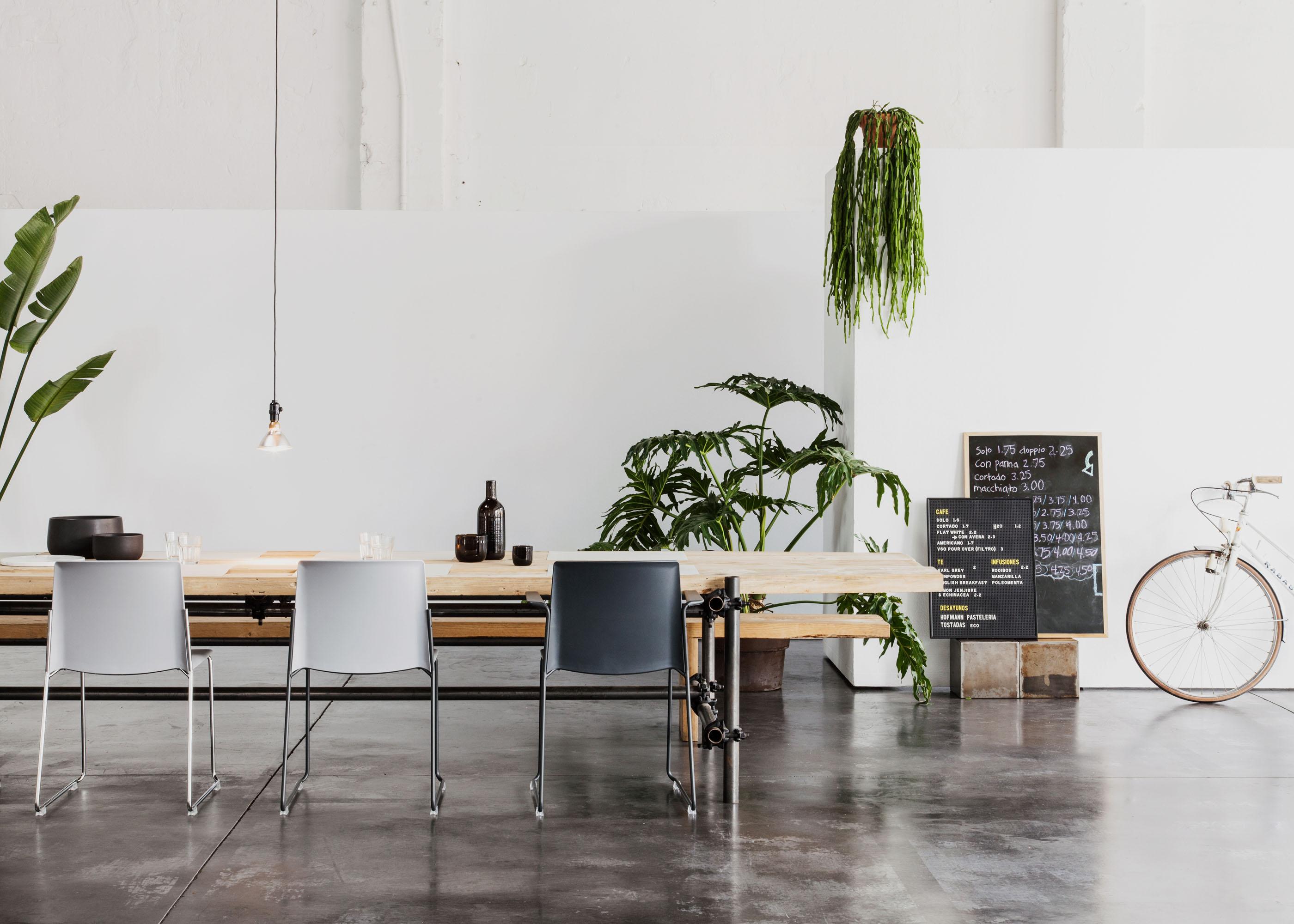 #furniture #enea #design #clase #basque #chairs #sets #espacio88