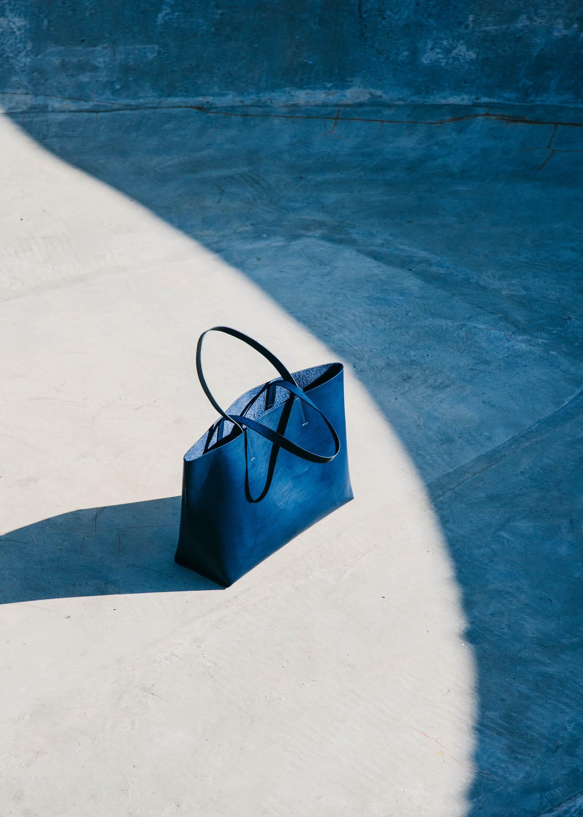 #loreak #mendian #basque #fashion #stilllife #blue