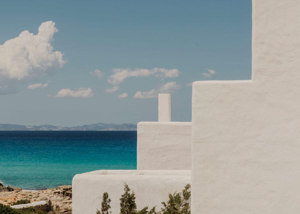 #mediterranean #spain #formentera  #estrelladamm #architecture #white