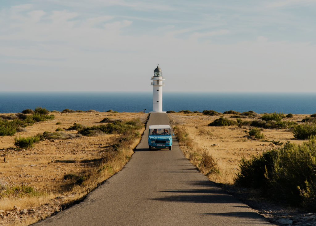 #mediterranean #spain #formentera  #estrelladamm #islands #lighthouse #road #cars #zoom