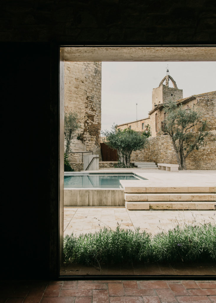 #architecture #spain #girona #peratallada #mesura #pools