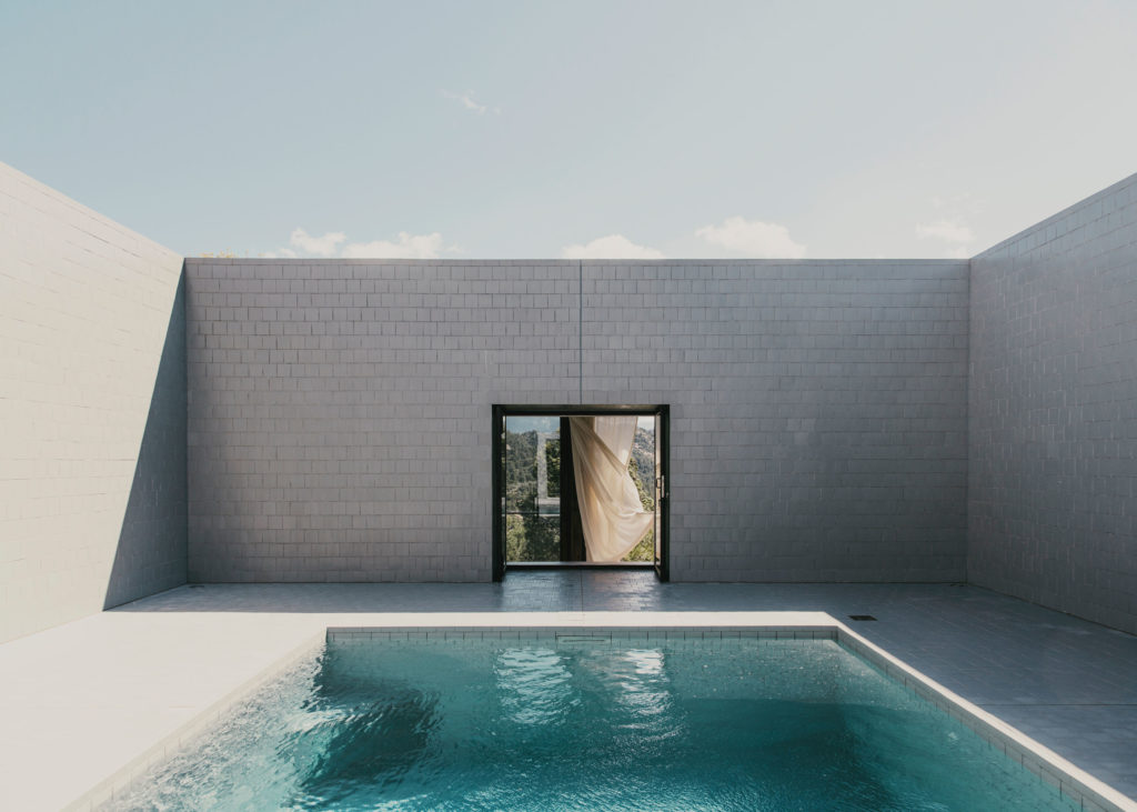 #architecture #spain #openhouse #solo #pezovonellrichshausen #pools