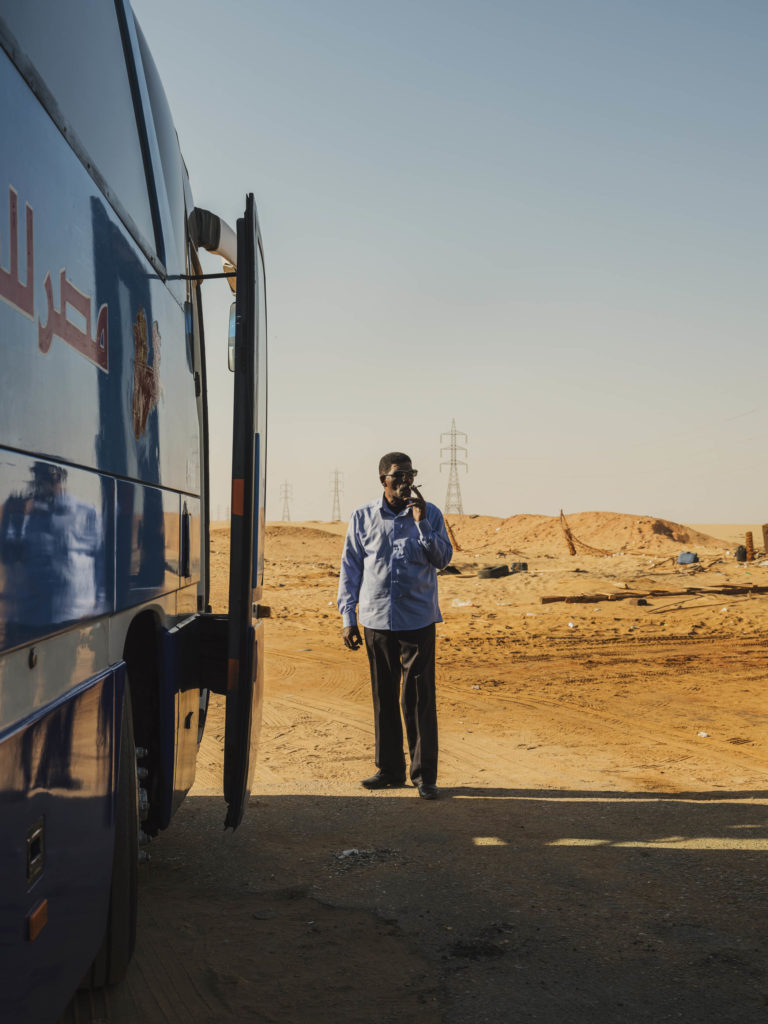 #egypt #2018 #bus #desert #travel #gfx50s