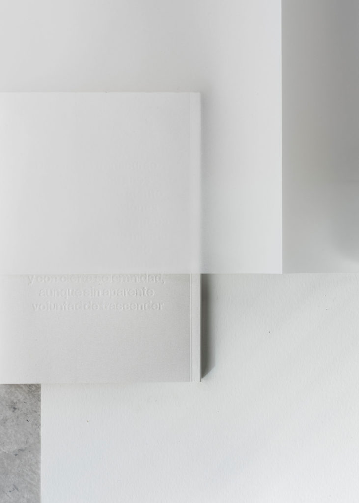 #arper #lievorealtherr #clase #furniture #white