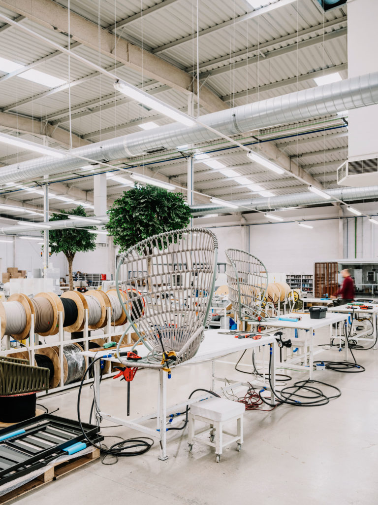 #furniture #kettal #industry #factory  #cala #doshilevien