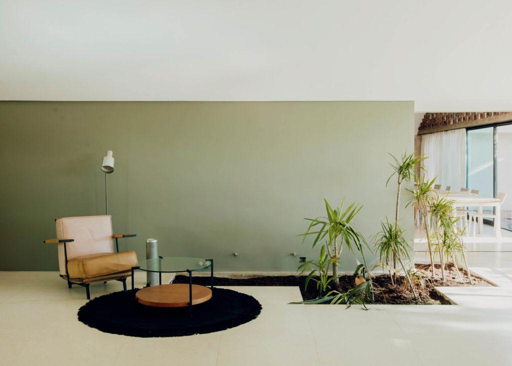 #laricarda #bonet #barcelona #interiors #midcenturymodern #green