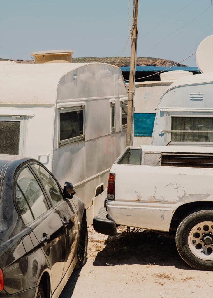 #1617 #malta #boats #caravan #beach