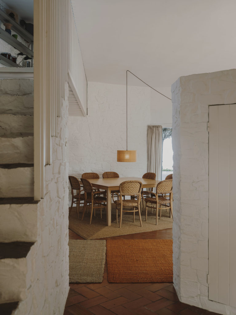 #barcelona #coderch #casaugalde #architecture #mediterranean #med #santacole #nagoya #lighting #interiors