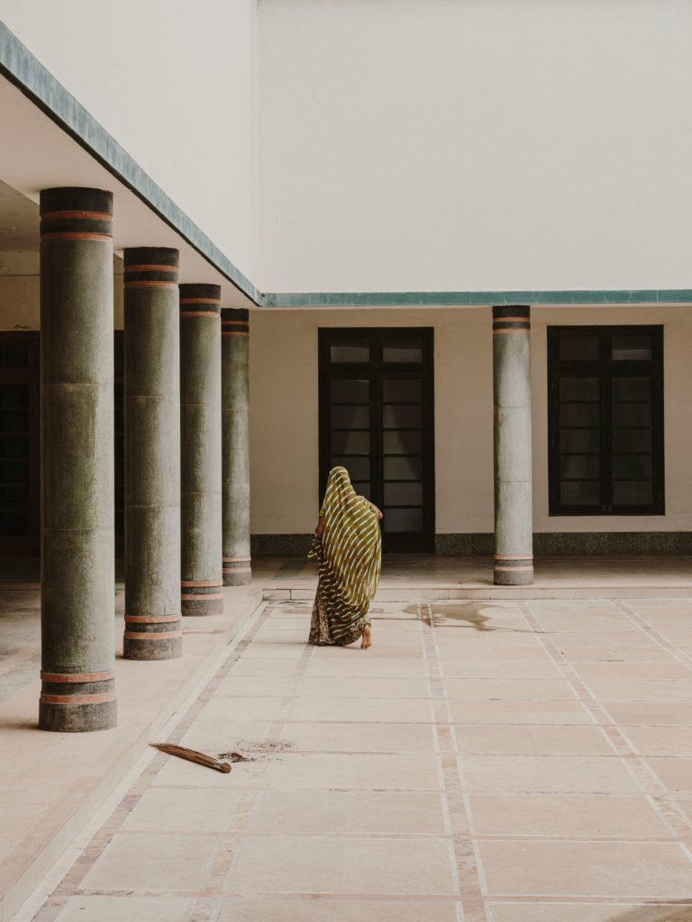 #kinfolk #india #morvi #palace #artdeco #people #patio