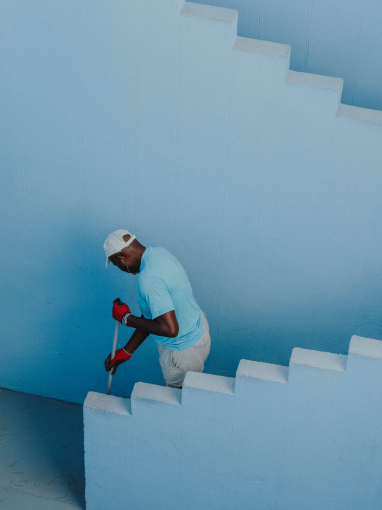 #xanadu #murallaroja #gestalten #visionsofarchitecture #bofill #calpe #valencia #spain #blue #stairs #workers