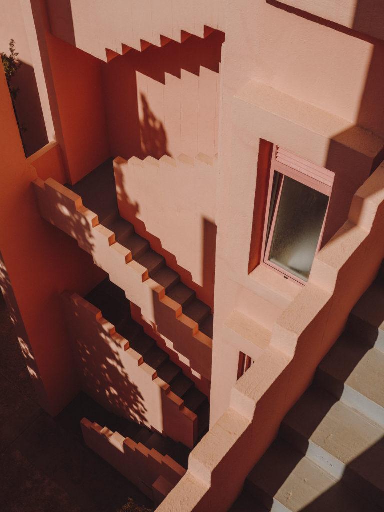 #xanadu #murallaroja #gestalten #visionsofarchitecture #bofill #calpe #valencia #spain #stairs #pink