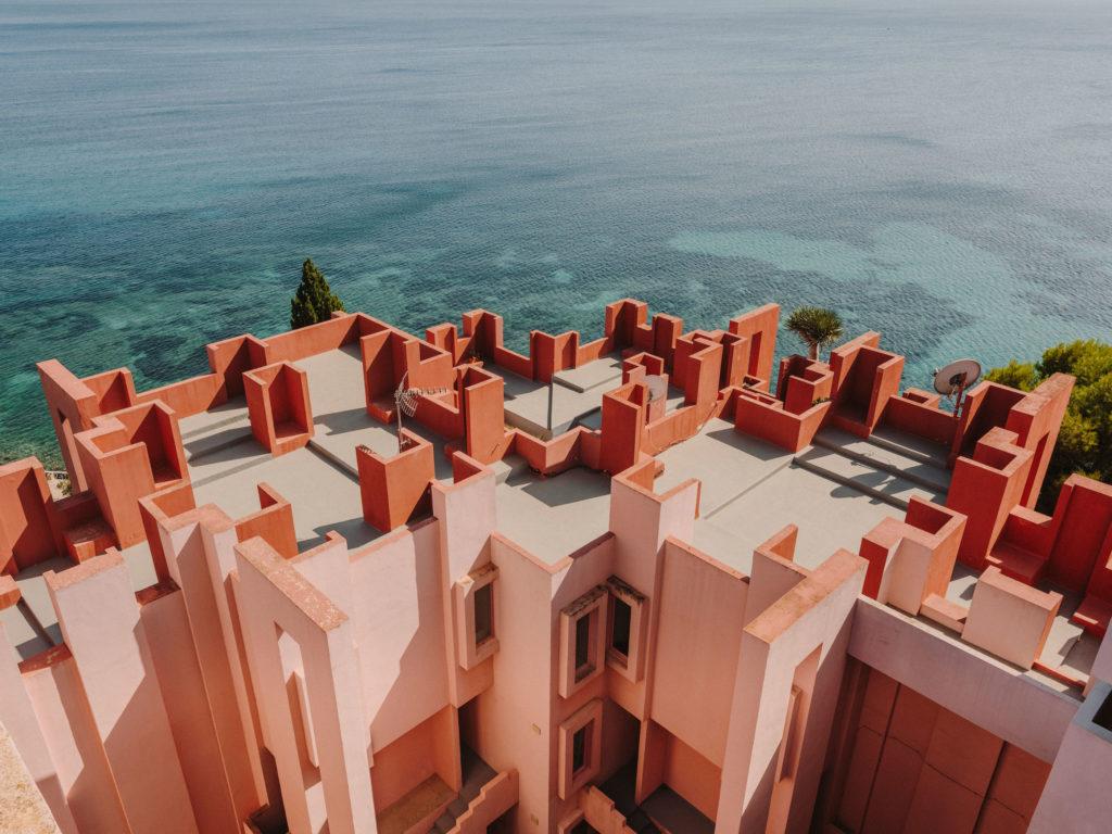 #xanadu #murallaroja #gestalten #visionsof #architecture #bofill #calpe #valencia #spain #pink #mediterranean