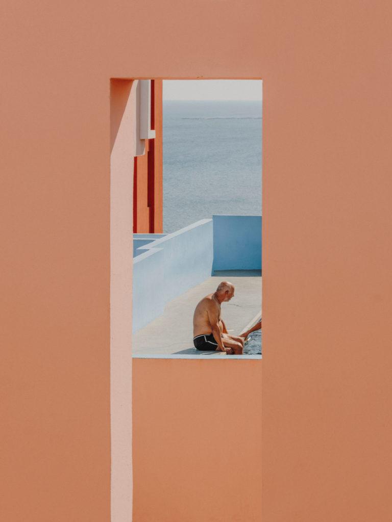 #xanadu #murallaroja #gestalten #visionsof #architecture #bofill #calpe #valencia #spain #pink #pool