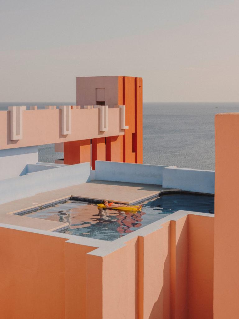 #xanadu #murallaroja #gestalten #visionsof #architecture #bofill #calpe #valencia #spain #pink #orange #pool #mediterranean