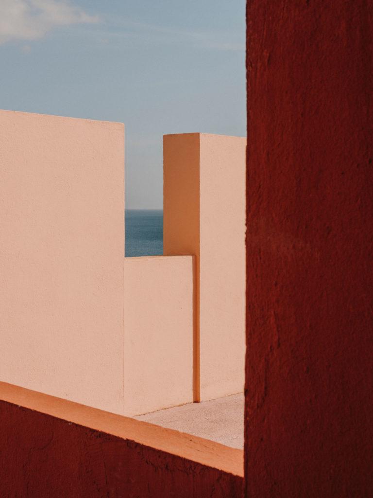 #xanadu #murallaroja #gestalten #visionsof #architecture #bofill #calpe #valencia #spain #pink