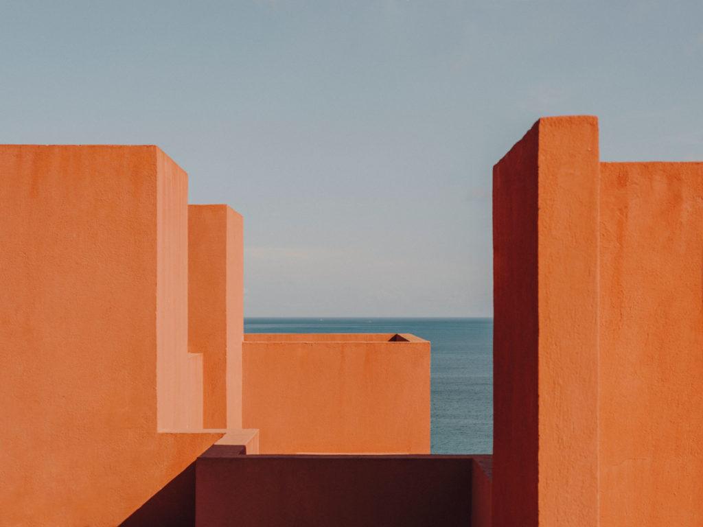 #xanadu #murallaroja #gestalten #visionsof #architecture #bofill #calpe #valencia #spain #orange #mediterranean