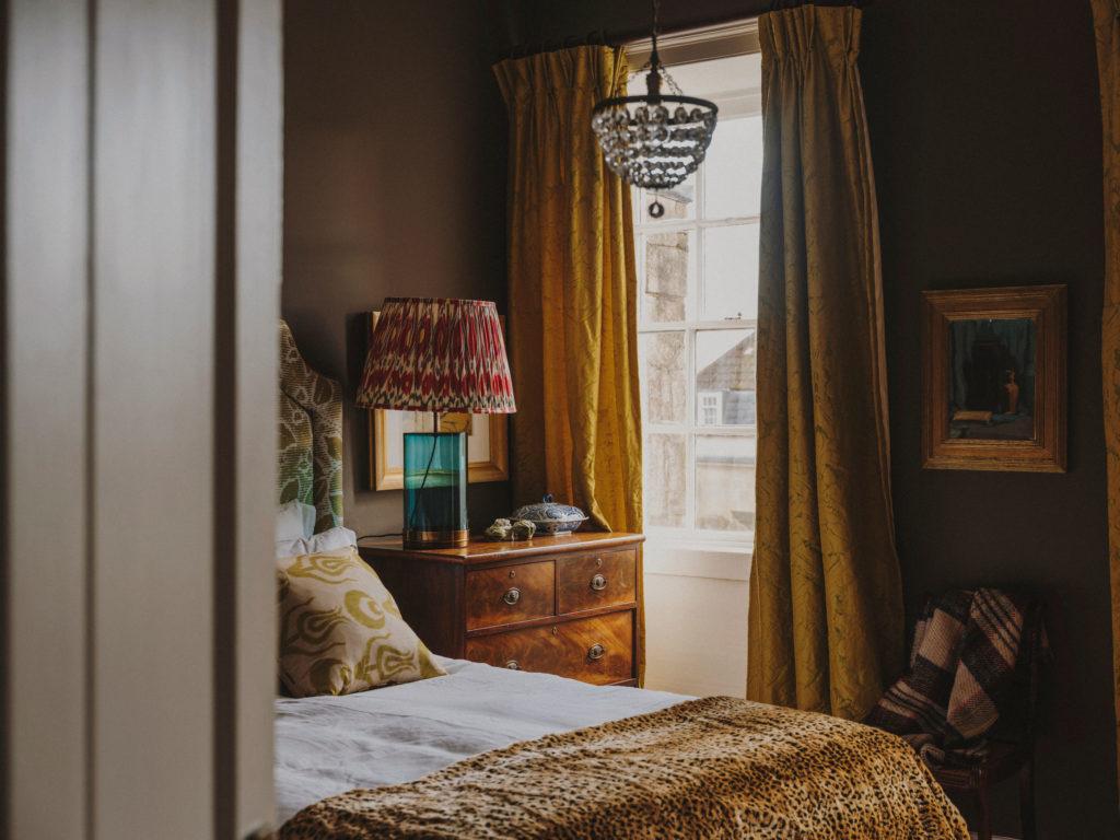 #airbnb #airbnbplus #uk #england #bath #rebecca #bedroom