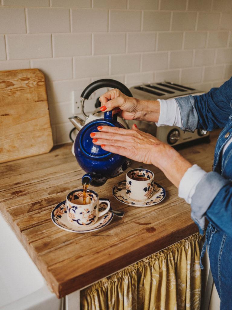 #airbnb #airbnbplus #uk #england #bath #rebecca #kitchen #lifestyle #tea