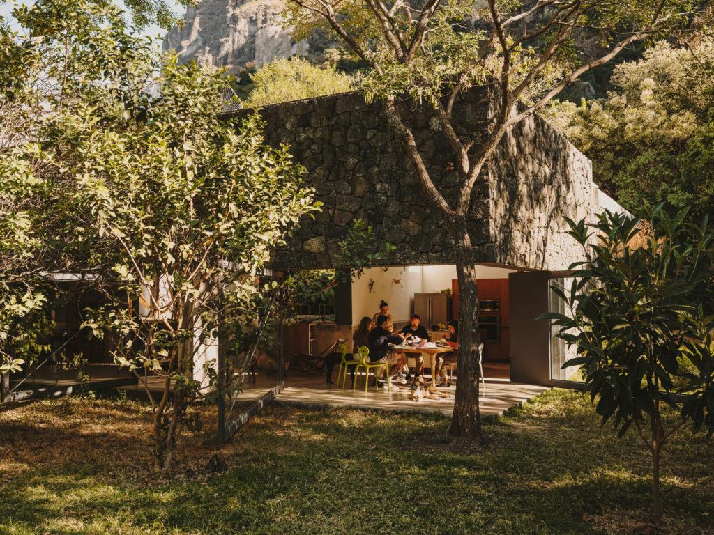 #airbnb #uniqueplaces #casameztilta #tepoztlan #mexico #lifestyle #travel #breakfast