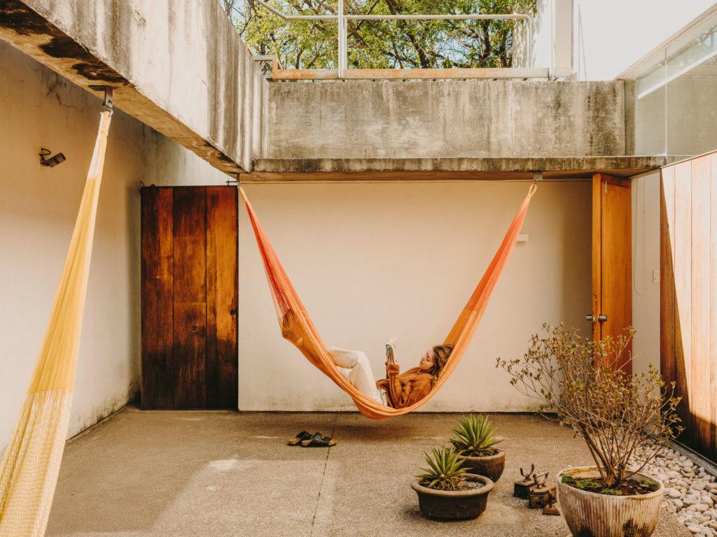 #airbnb #uniqueplaces #casameztilta #tepoztlan #mexico #books #lifestyle #travel
