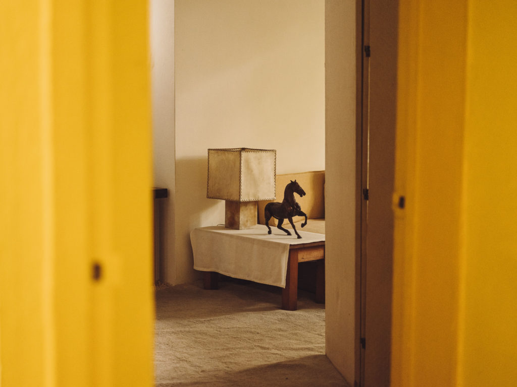 #barragan #mexico #cdmx #casaestudio #interiors #yellow #horsev #2020 #personal