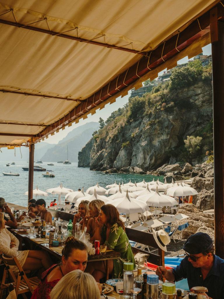#airbnbmagazine #kayak #mediterranean #costaamalfitana #positano #daadolfo #travel