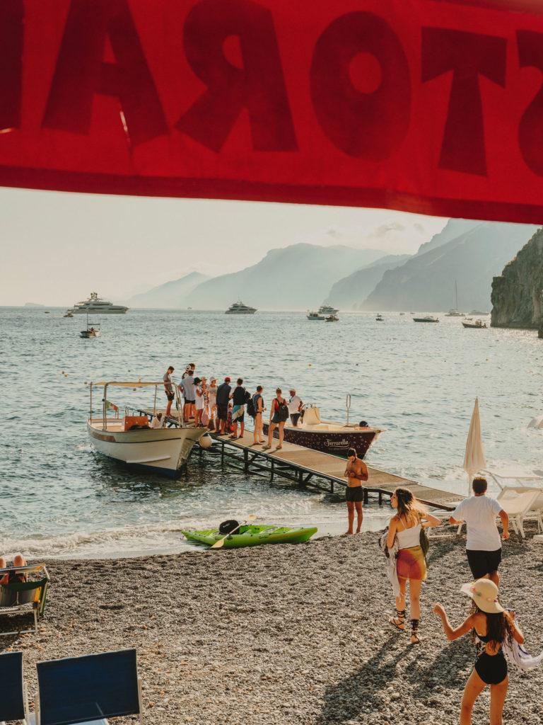 #airbnbmagazine #kayak #mediterranean #costaamalfitana #positano #travel #daadolfo
