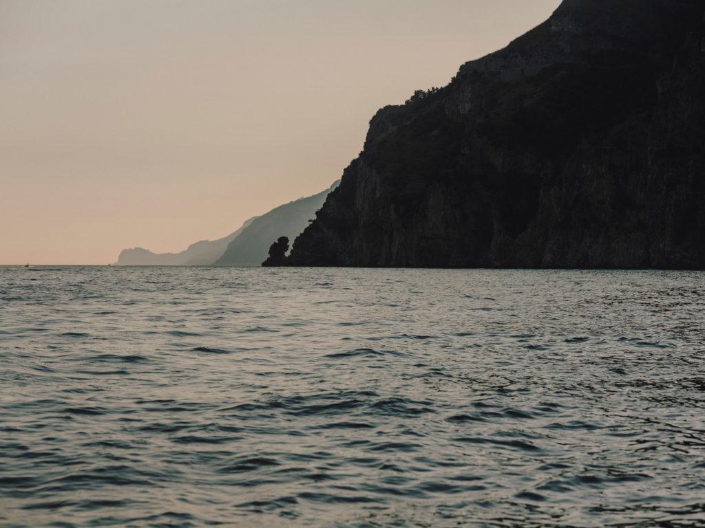 #airbnbmagazine #kayak #mediterranean #costaamalfitana #positano