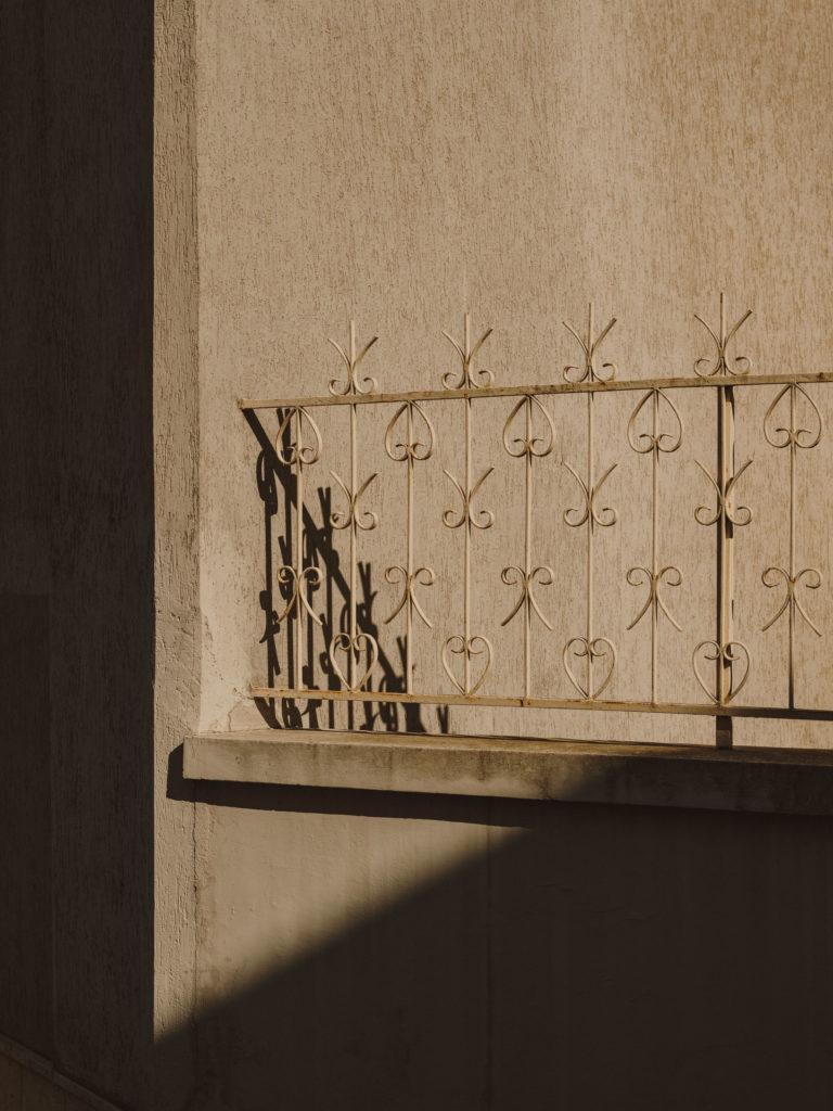 #2019 #puglia #italy #carovigno #windows #personal #street