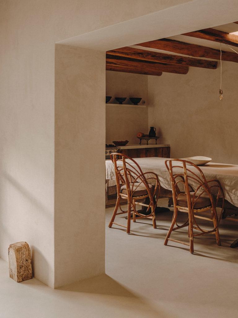#pottershouse #lucianogiubbilei #mallorca #sonservera #openhousemagazine #interiors #kitchen